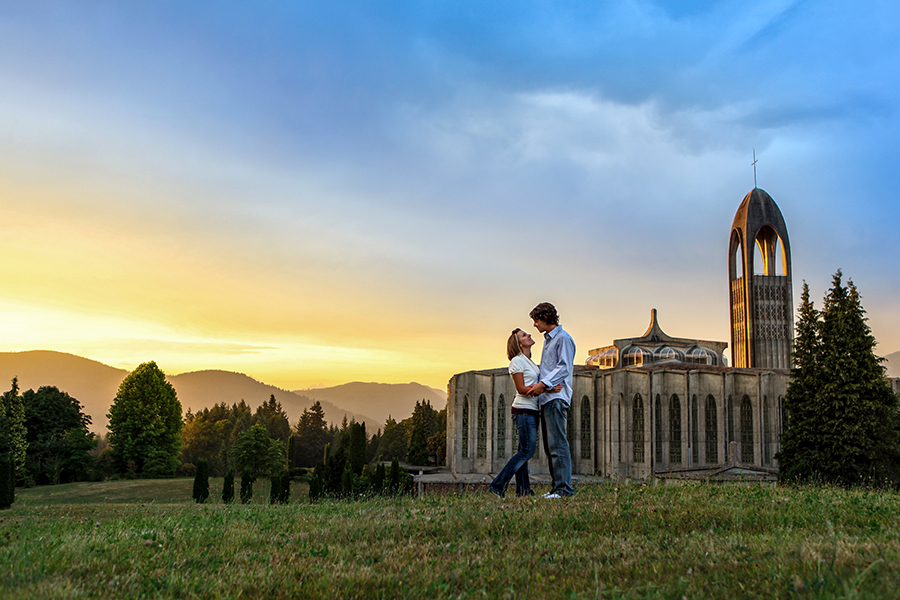 Kelowna Engagement Photographers 003